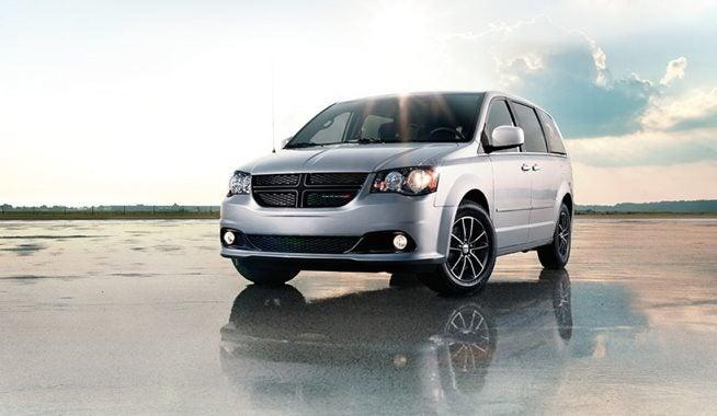 Chrysler Dealership Columbus Ohio >> 2017 Dodge Grand Caravan Coughlin In Columbus Oh
